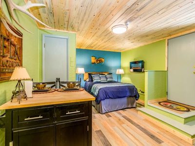 Photo for Elk Mountain Hideaway★Luxurious Studio★Private Entrance★Modern★Local Frisco Spot