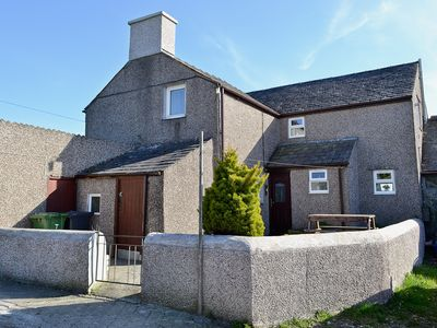 Photo for 2 bedroom accommodation in Brynsiencyn