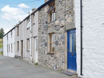 Photo for 1 bedroom property in Bangor. Pet friendly.