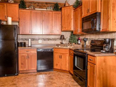 Charming Vacation Home with View of Ski Hill & Dogs Allowed