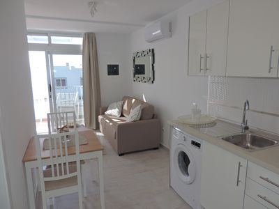 Photo for LG 211 - 2 Bed - 1st Floor - Air-Con - UK TV - Wi-Fi