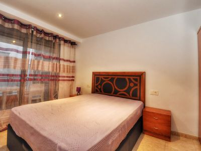 Photo for Family apartment, 300m from the beach, air conditioning, wi-fi. Ref. A071