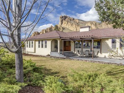Photo for Riverfront with stunning views and private hot tub near Smith Rock State Park!