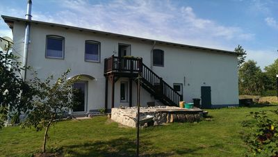 Photo for family-friendly apartment 'Stonecrop' - Country Holidays - Pets welcome!