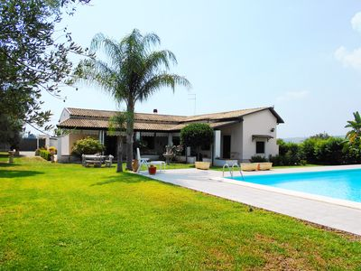 Photo for Lovely property with beautiful swimming pool surrounded by a private garden....