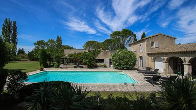 Photo for Country house in Maussane-les-Alpilles