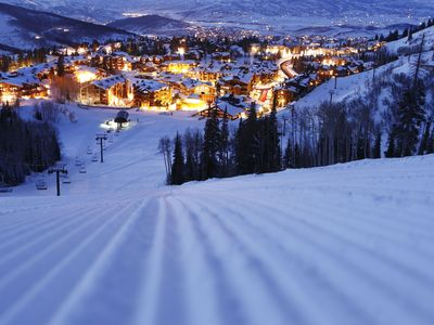 Photo for Marriott Mountainside 1 Bedroom - Gorgeous Ski-in/Ski-out Resort!