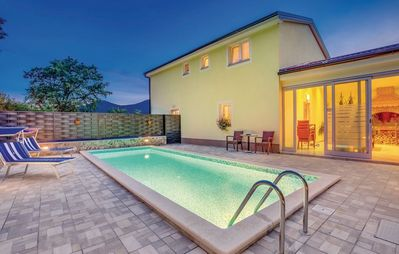 Photo for Holiday house with pool, billiard and basketball basket
