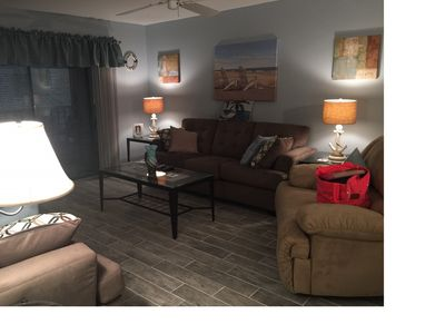 Beautifully remodeled 2 br 2 ba 2nd floor Condo in Cinnamon Cove