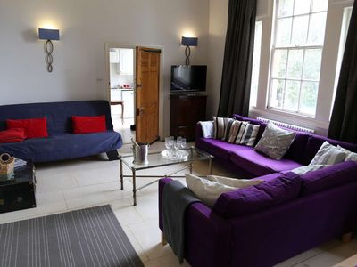 Photo for Luxury apartment sleeps 10 near Bath.Parking, Wifi, Ensuites, Dishwasher, hen dos welcome