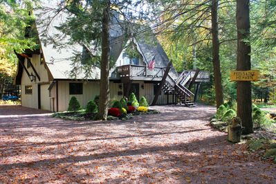 The front of the vacation chalet from the circular driveway entrance