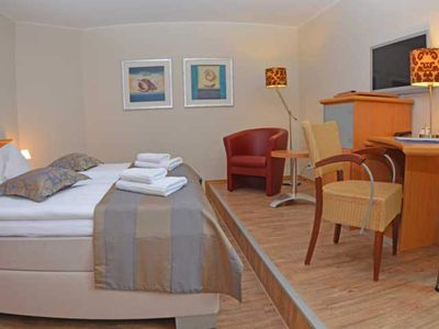 Photo for Double Room - (11,12,13) Sea View 2P (Z / K) - BUE - Hotel Insel Büsum