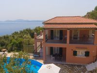 Stunning location with lovely views. Katerina is very helpful, the villa is exactly as described,...