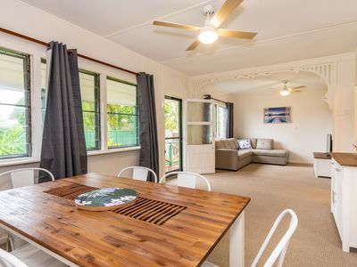 Photo for Pet Friendly Holiday House with lots of extras close to Bellara Foreshore!