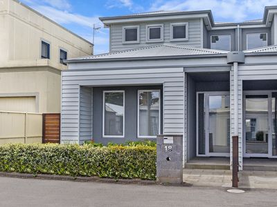 Photo for THE TOWNHOUSE - Port Fairy, VIC