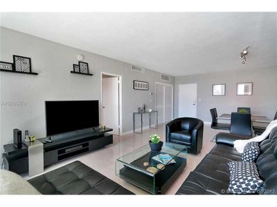 Photo for Miami Hollywood Awesome 2 Bedroom 2 Bathroom