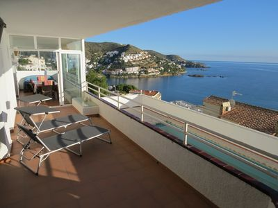 Photo for JP. Apartment with incredible views and pool for only 6 apartments.