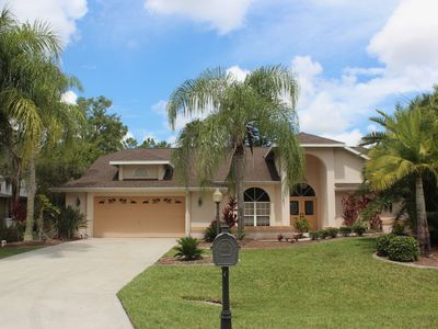 Photo for South Fort Myers Vacation Home, 4bdrm, pool,spa,Golf,Lake,Beach