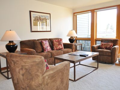 Photo for RMR: 2 Bedroom Condo in the Aspens + Free Activities!