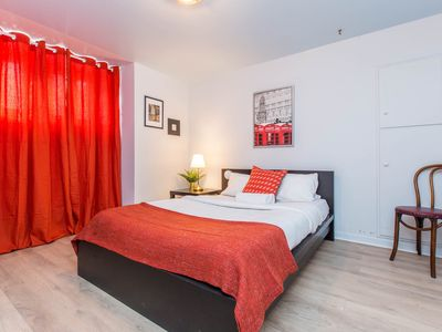 Photo for Restored Victorian-Era Townhouse