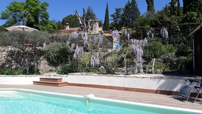 Photo for Pretty Provencal house with salt water pool and large garden near to the village