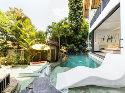 Photo for Magical Treehouse with Jungle Pool above the Rice Fields