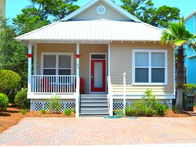 Photo for Charming Beach Cottage right off of 30A! Community Pool for Guest Use