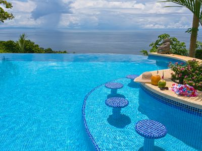 Sunken Bar in the Large Infinity Pool with Panoramic Ocean Views