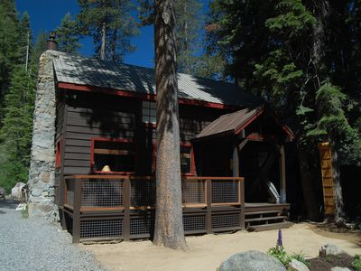 Photo for Cozy cabin, private level yard, ample parking, 10 minutes to Sugar Bowl