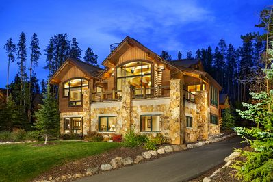 Enjoy your stay in Breckenridge at this beautiful mountain home.
