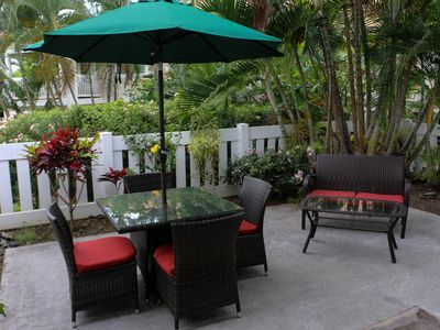 Photo for Comfortable Ground Floor Condo with Large Lanai on Ali'i Dr., Kailua-Kona