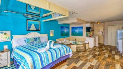 Photo for Oceanfront Romance Suite~Sea Mist 51513