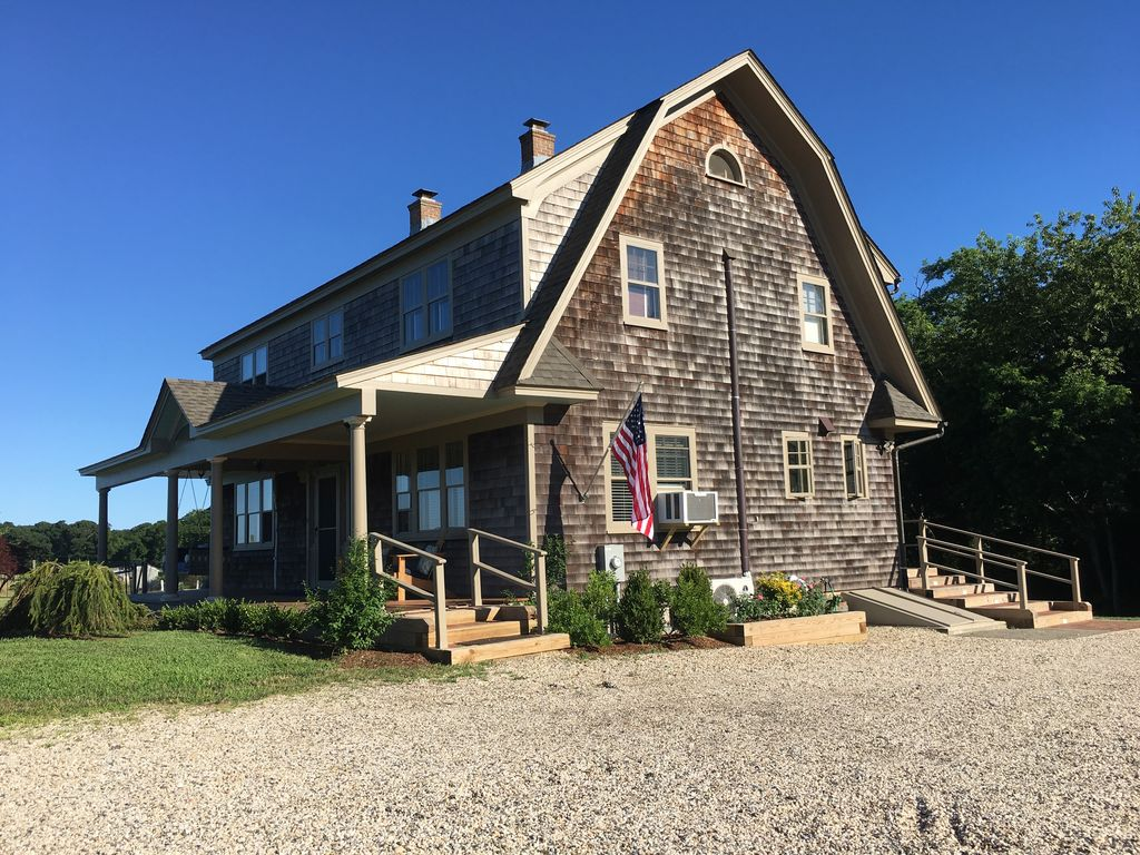 Classic Farm House In The Heart Of Water Mill 2 7mi To Beach