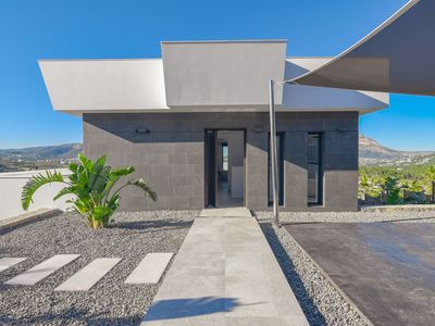 Photo for Modern, luxurious villa with private pool and mountain and sea views in Javea