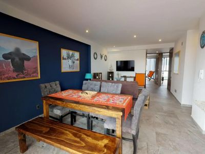 Photo for Safari Retreat - Modern 2 Bedroom PH with Amazing Views of Mexico City