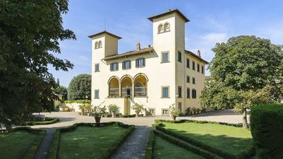 Photo for Exquisite King Room in a Stunning 17th Century Medici Tuscan Villa