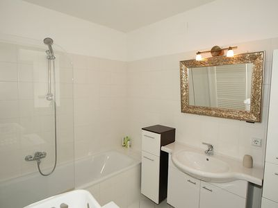 Photo for Apartment 665 m from the center of Vienna with Lift, Internet, Washing machine, Balcony (30335)