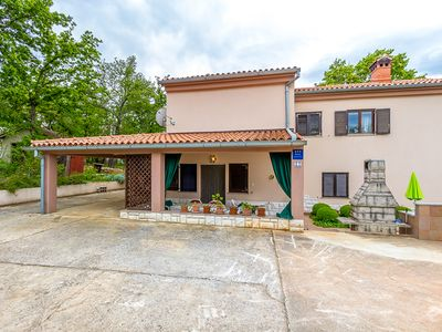 Photo for Apartment in beautiful natural landscape with bedroom, bathroom, kitchen, air conditioning, garden, barbecue - Pets are also welcome