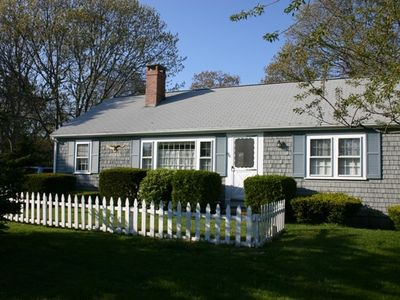 Our cozy Cape Cod cottage, private road, wooded backyard, walk to the beach.