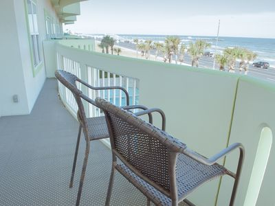 Photo for Cozy condo on the beach with TERRIFIC view of Gulf!!!