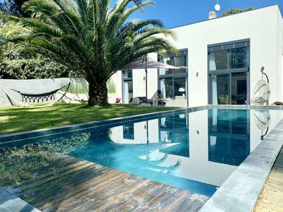 Photo for Villa near the beach - Heated pool - live by foot