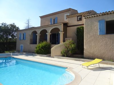 Photo for 3 bedroom Villa, sleeps 6 in Saint-Saturnin-lès-Apt with Pool and WiFi