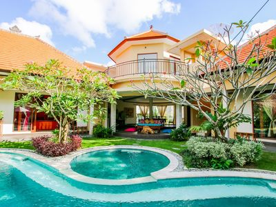 Photo for Huge 5 Bedroom Villa in Seminyak