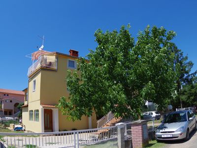 Photo for Holiday apartment in family house, 2 km from the beach