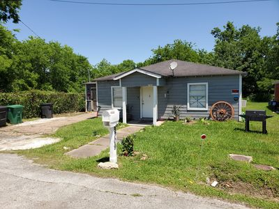 Photo for Texas House 3 Br 1 Bath House built in 1940s Vrbo