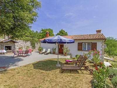 Photo for Holiday house Roža * large garden, sun terrace, BBQ, free WiFi