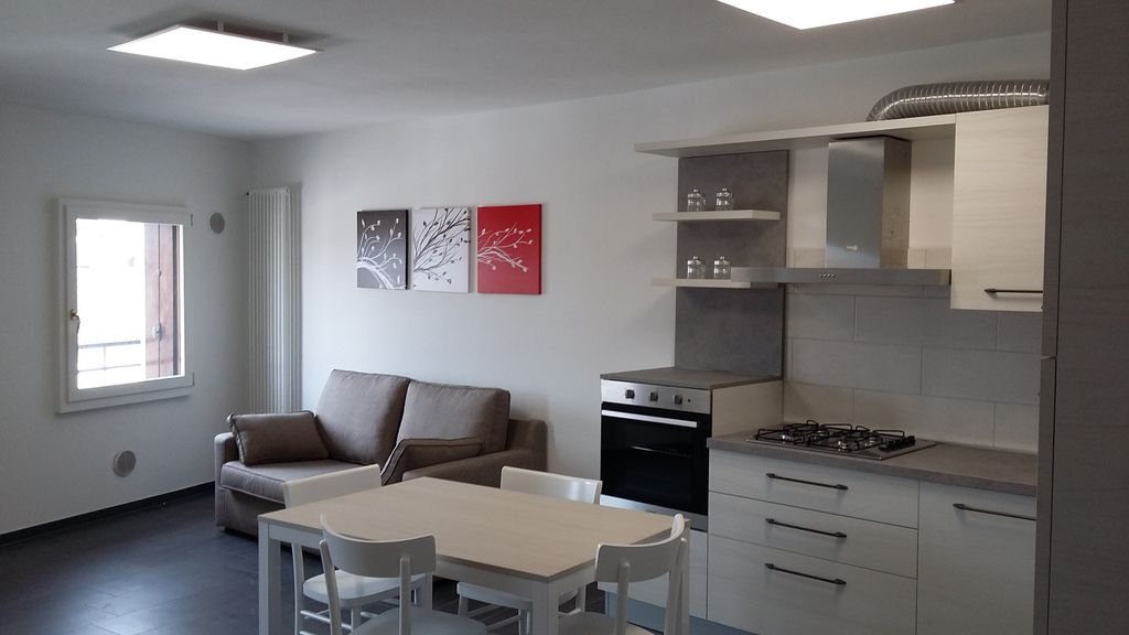 mini loft city center avec parking vicenza