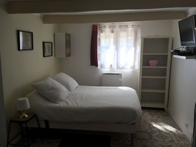 Photo for Studio with kitchen, WC / shower and bedroom / living room of 22m2