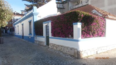Photo for Comfortable villa 5 minutes from the beaches, with a large terrace and barbecue.