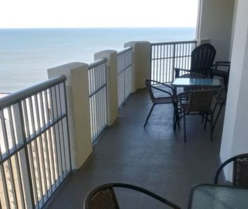 Photo for Kingston Royale Palms 22nd floor, Great Views. Great Location Low rates all year